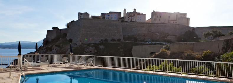 Séjours pour les groupes : choisissez la plus belle vue de Calvi !